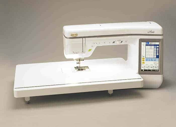 Expand your workspace with the quilting extension table.  It securely fits on your Baby Lock Aria so you maintain a smooth quilting surface.