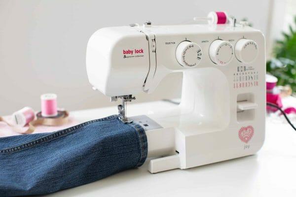 Baby Lock Joy Sewing Machine - Free Arm Sewing