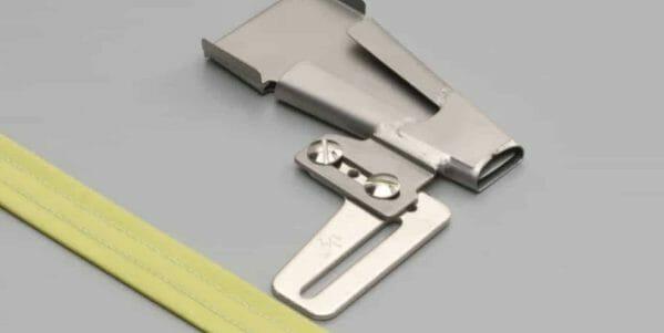 """Baby Lock Belt Loop Folder 3/4"""" - BLE8"""